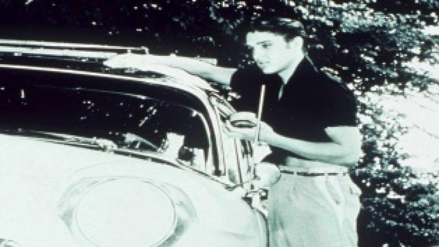 Продават колата на Елвис Пресли