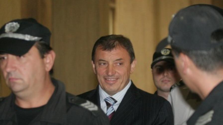 Трансформират обвинeнията срещу Алексей Петров?
