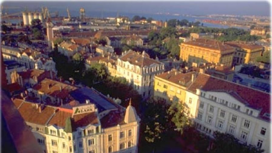 Групата се е сдобивала незаконно с апартаменти в суперцентъра и широкия център на Бургас
