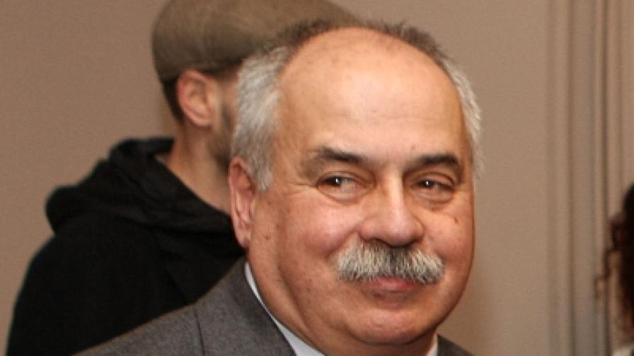 """Павел Васев е докаран в """"Пирогов"""""""