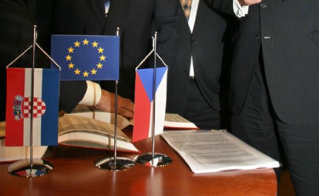 Евробарометър: 83% от европейците считат чуждия език за полезен