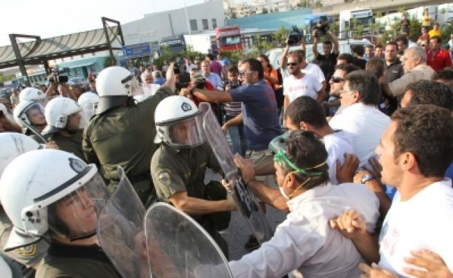 Протест срещу нападенията на наши камиони в Гърция