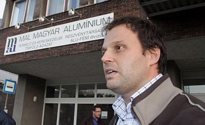 Арестуваха шефа на завода в Унгария