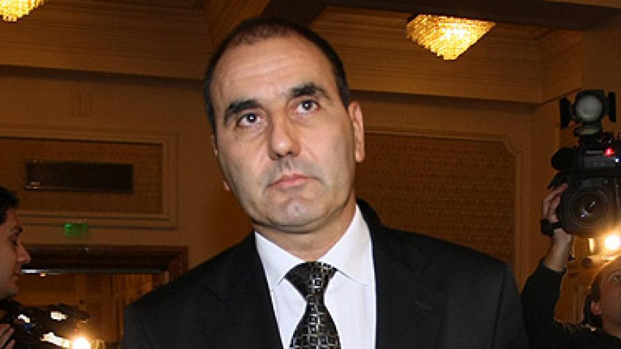НАП ще проверява имотите на Цветанов