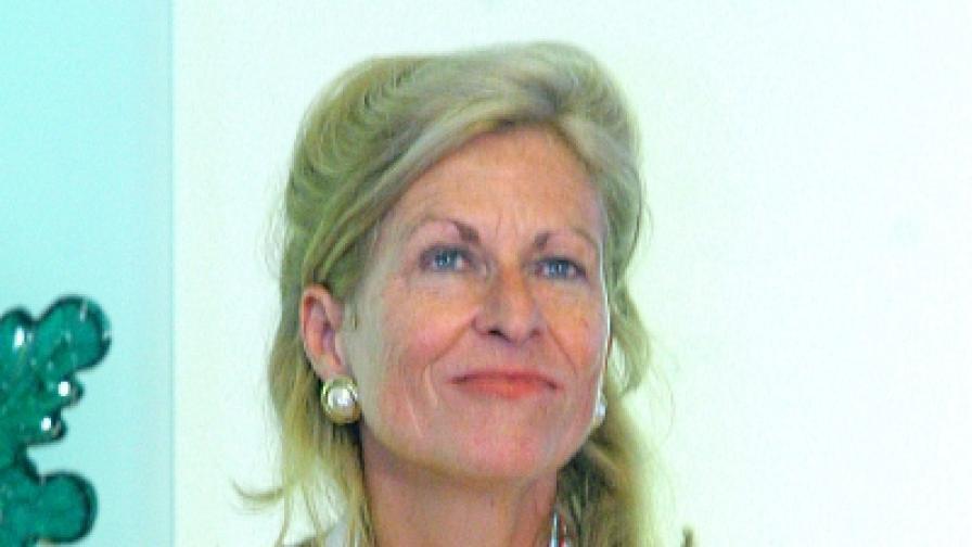 Почит към баронеса Хенриет ван Линден-Лайтен