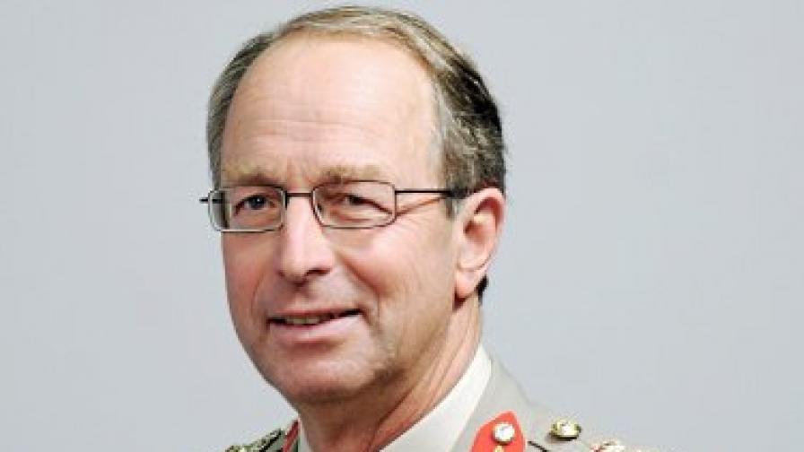 """Командващият британските въоръжени сили: """"Ал Кайда"""" не може да бъде победена"""