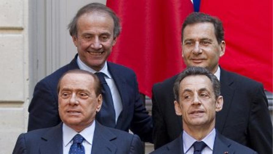 Оставки засилват кризата в италианското правителство