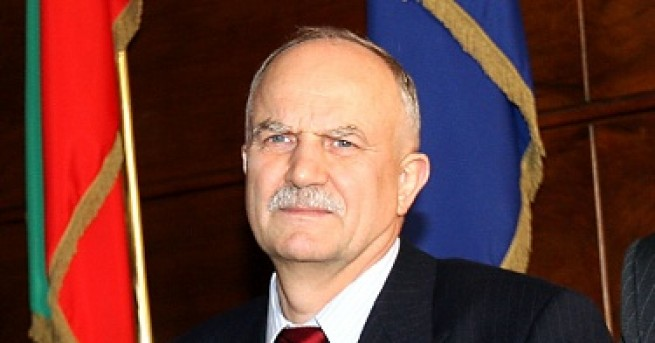 България Филчев: Президентът зове да се разруши държавността Президентът няма