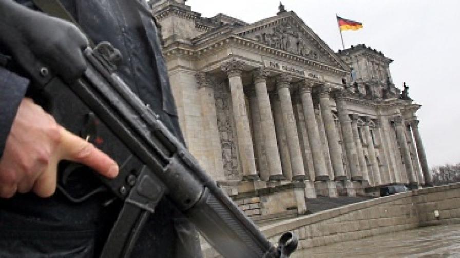 Затвориха купола на Райхстага заради заплахи от Ал Кайда