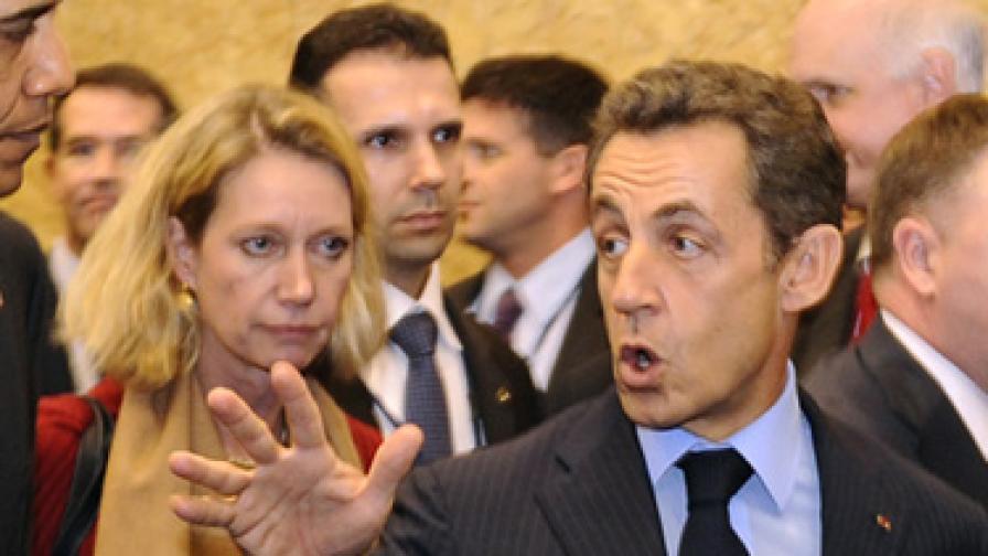 Саркози към журналисти: Чао, педофили!