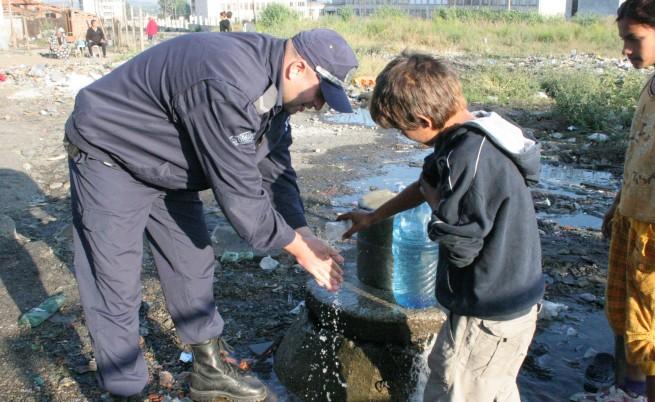 Две ромски семейства от бл. 20 в най-тежко положение