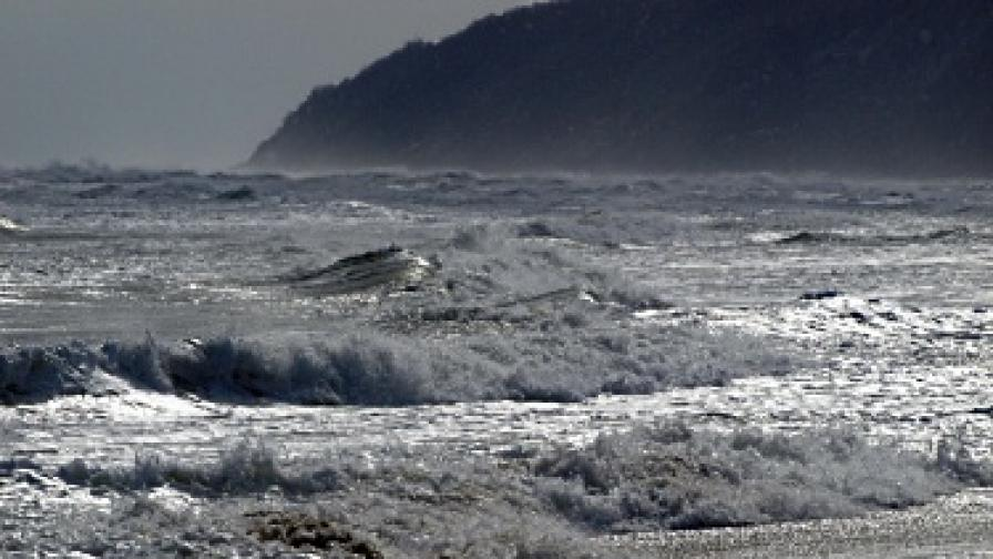 Двама от моряците вероятно са загинали при сблъсъка край Емине