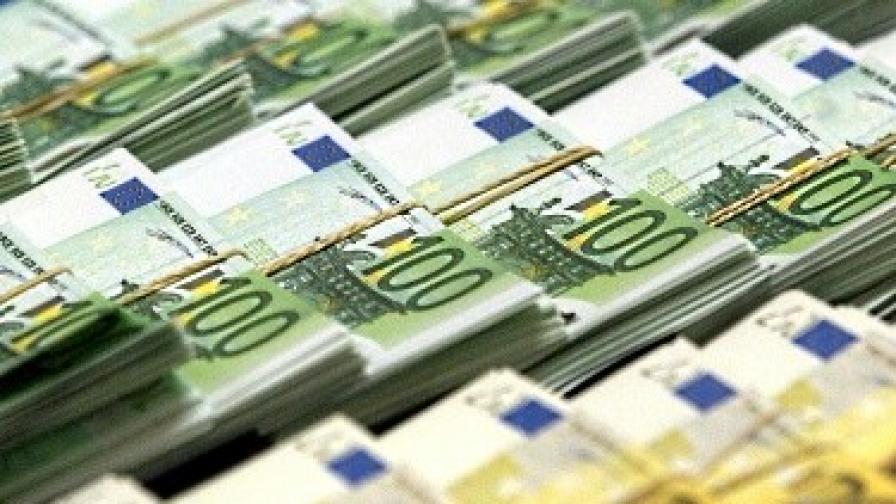 ФТ: Милиарди европейска помощ остават неизползвани
