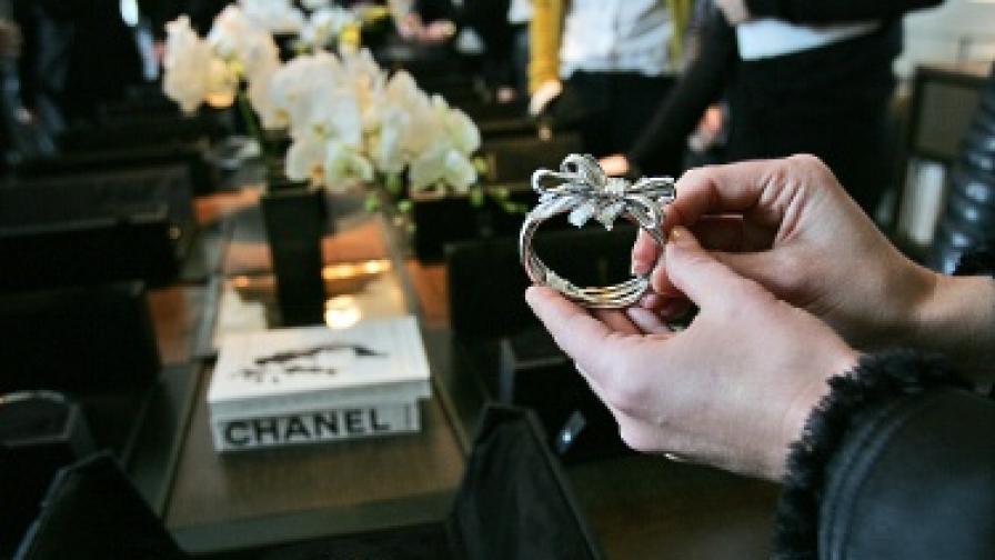 """""""Шанел"""" почете занаятчиите"""