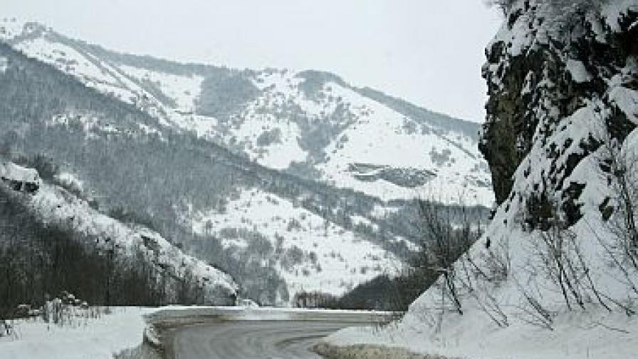 Борисов: Отсега да чакате с метли и снегорини