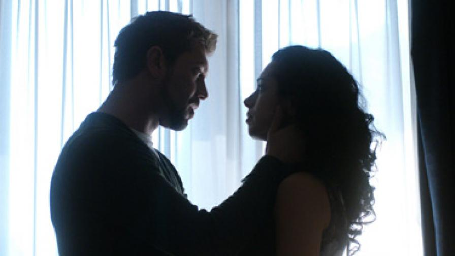 """Екшън в последния епизод на """"Стъклен дом"""" за 2010 г. довечера"""