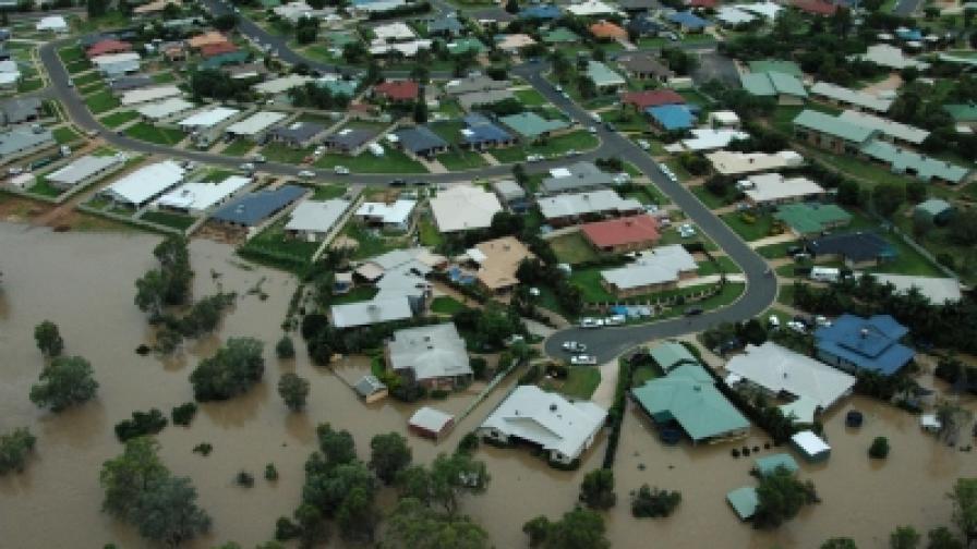 Загубите от наводненията достигат милиарди австралийски долари, но още е рано за равносметка