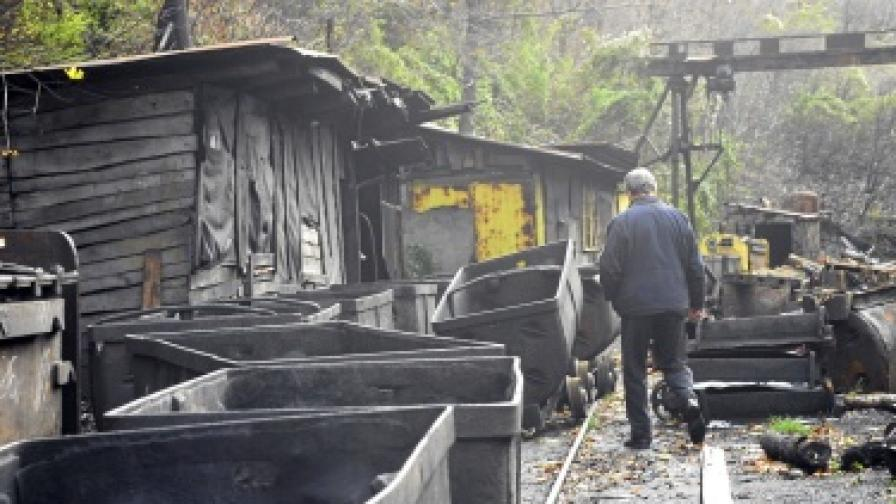 Двама миньори загинаха в рудник Джурково