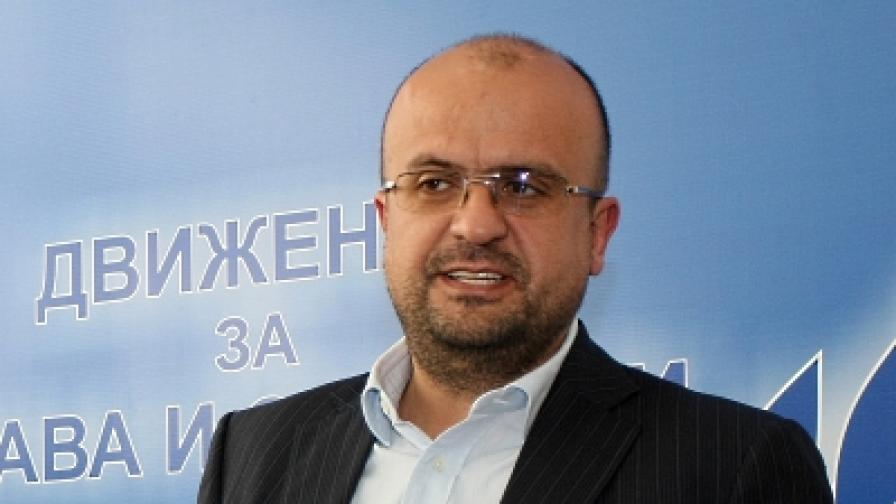 Структури на ДПС у нас и в Турция подкрепят Касим Дал