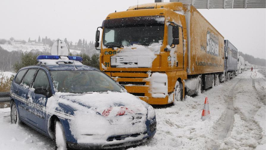 Български шофьор убил 4 в катастрофа във Франция