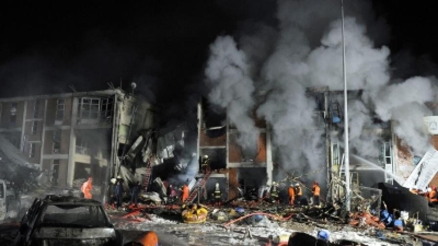 16 души загинаха в две експлозии в Анкарa