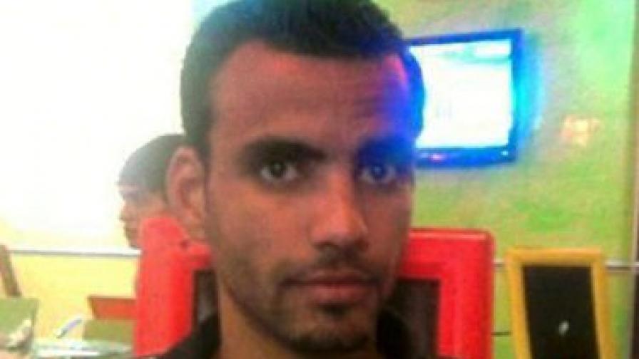 Вълната от недоволство започна със смъртта на този човек - Мохамед Буазизи, той се запали през декември, защото полицията му отне единствения начин за препитание – количка за зеленчуци
