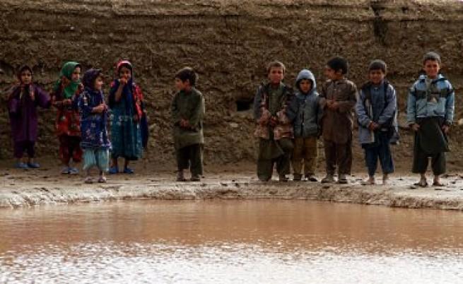 Войната в Афганистан отнема живота на 2 деца всеки ден