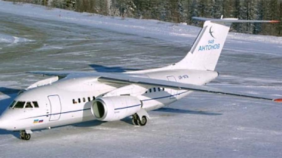 """Шестима загинаха при катастрофа на самолет """"Ан-148"""""""