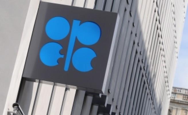 ОПЕК увеличава добива на петрол