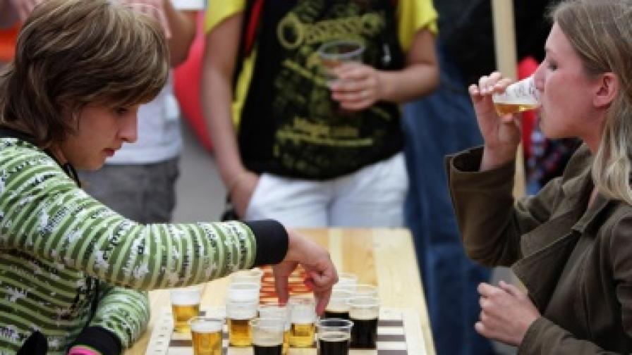 Тригодишно британче се лекува от алкохолизъм
