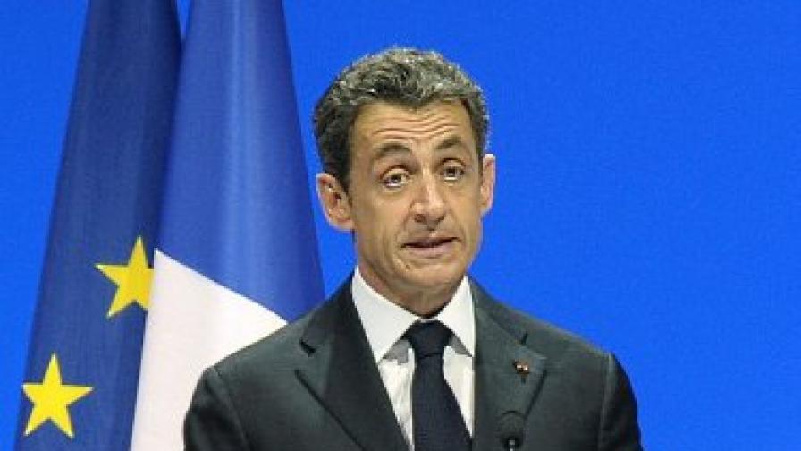 Франция: Кадафи не е финансирал Саркози
