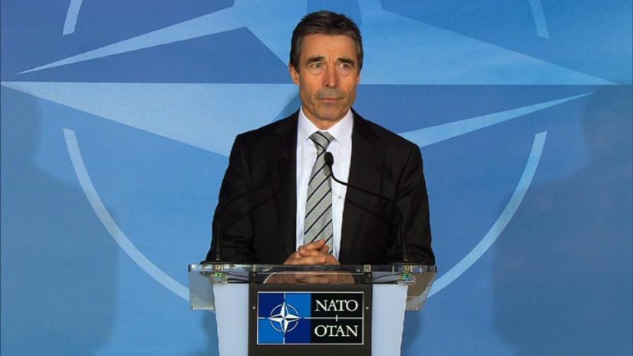 НАТО поема ръководството на операцията срещу Кадафи от Измир