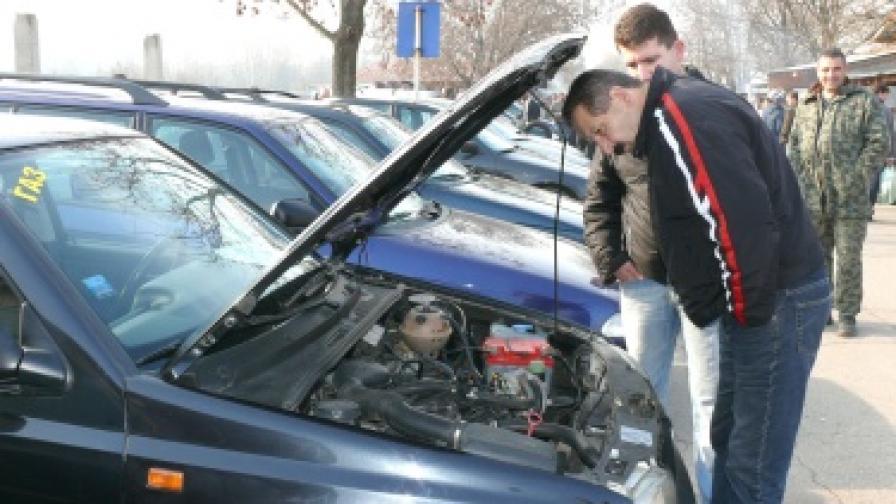 Над 3 хил. гърци са регистрирали фирми у нас заради евтини коли