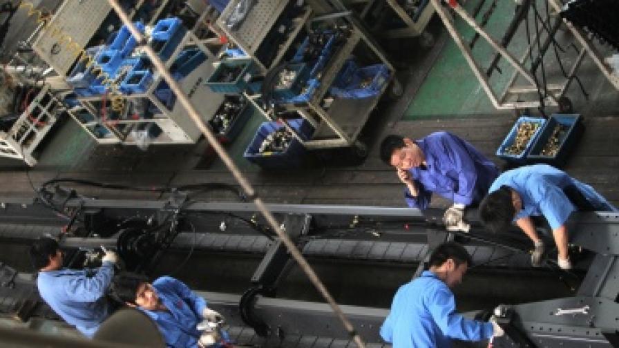 Прогноза: Китай ще изпревари САЩ по БВП през 2016 г.