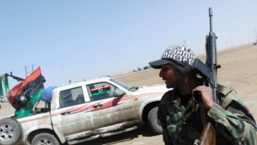 САЩ започна да купува петрол от бунтовниците в Либия
