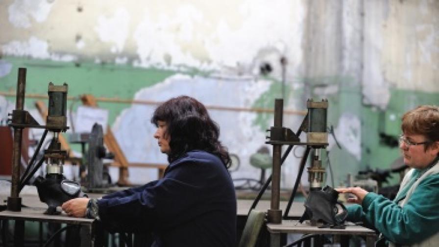 """""""Ройтерс"""": България бавно изплува от кризата"""