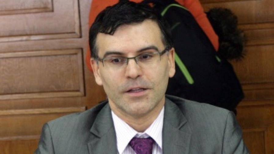 Дянков: Средства има за всичко, но в рамките на бюджета