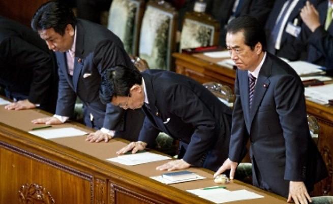 Японският премиер оцеля след вот на недоверие