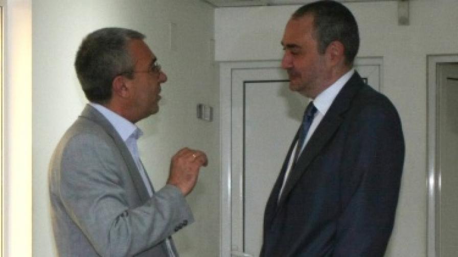 Главният прокурор Борис Велчев и председателят на ВКС Лазар Груев преди заседанието на Висшия съдебен съвет