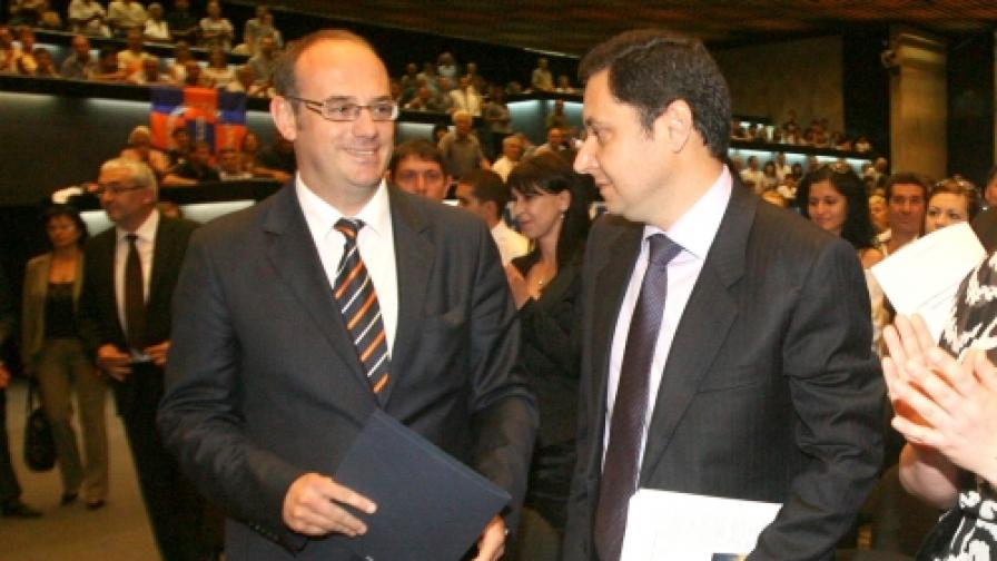 Председателят на РЗС Яне Янев (д) и кандидатът на партията за президент на България Атанас Семов