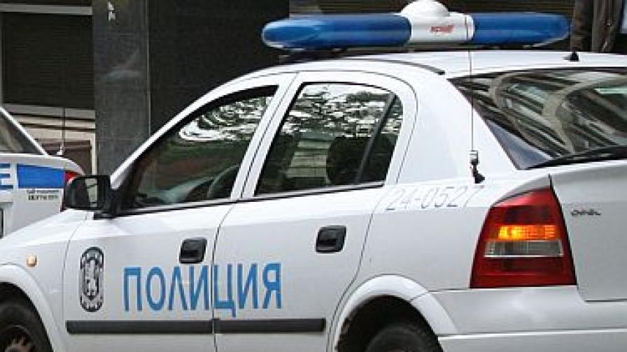 Полицията хвана автокрадците Чичо Цък и Кремката