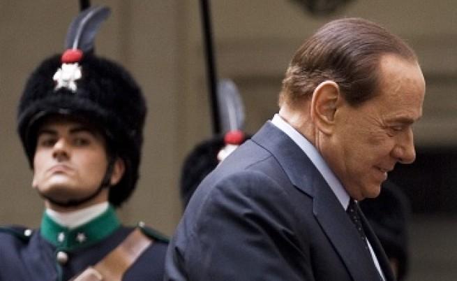 Берлускони май разклати не само Италия