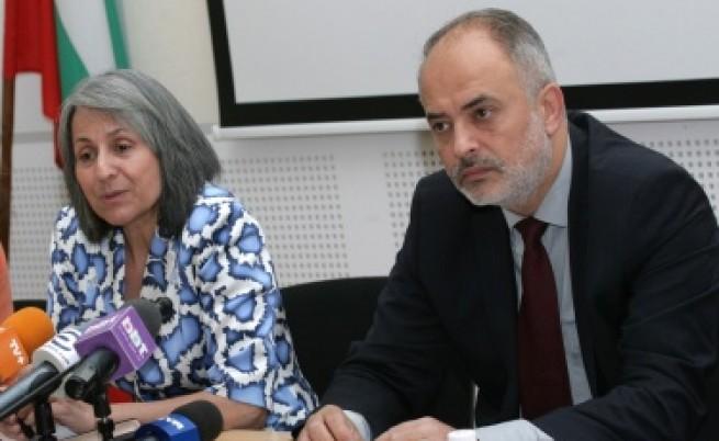 Т. Младенов: Без бебета в домовете за изоставени деца