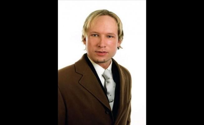 Десен фундаменталист обвинен за нападенията в Норвегия