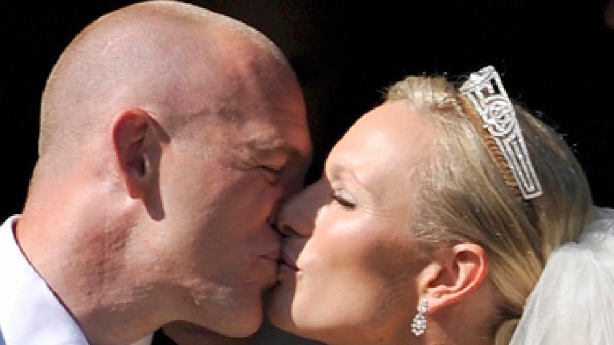 Младоженците Зара Филипс и Майк Тиндъл