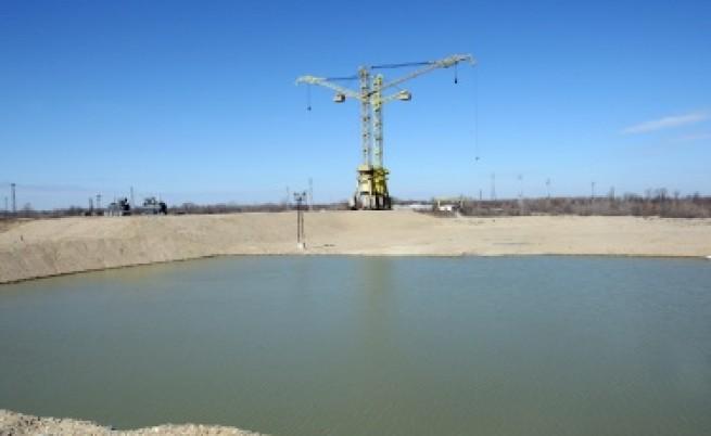 Байърли: Руснаците нямат пари, машини и работници да строят нови АЕЦ