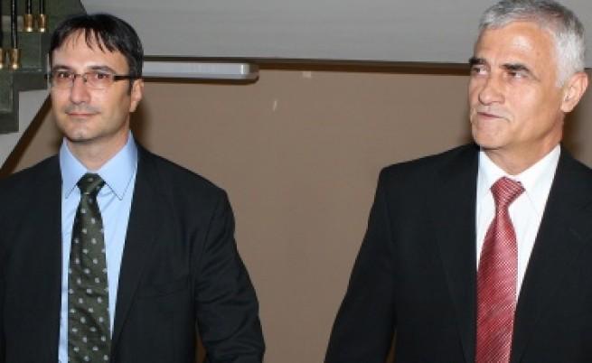 БСП иска оставка на Трайков заради скандала с руските летовници