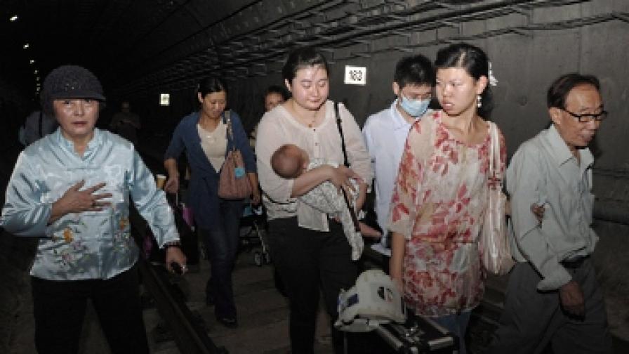 Над 240 ранени при катастрофа в метрото на Шанхай