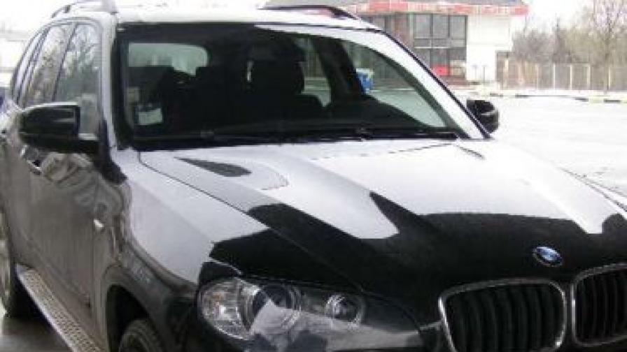 В София има 68 коли с луксозни номера