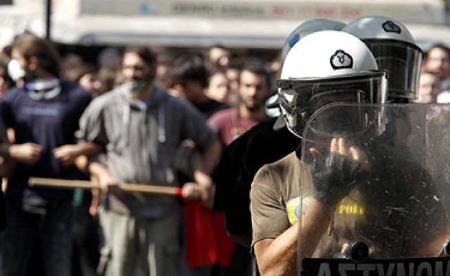 Представителите на кредиторите в Гърция – само с охрана